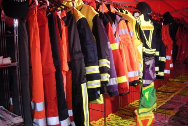 high visibility standard for garments
